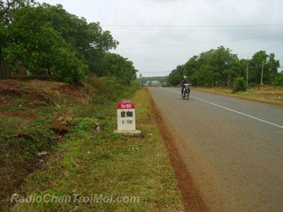 Đường vào Đắk Nông, cách Công Trường Bô Xít 20 km
