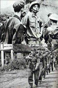 Trong thập niên 60, Hà Nội đã tự nguyện rước vào và giao hẳn một phần lớn Miền Bắc cho lính Trung Quốc chiếm đóng để họ dồn quân xuống đánh miền Nam.