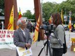 Ông Lê Hữu Đào, CT Cộng Đồng Người Việt Tự Do tại Bỉ trả lời đài truyền hình Le Léman Bleu