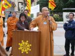 TT Thích Quảng Ba, đến từ Sydney và BS Nguyễn Thị Xuân Trang